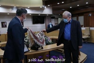 وزیر ارشاد در رونمایی از قطعه مدافعان سلامت چه گفت؟ Image