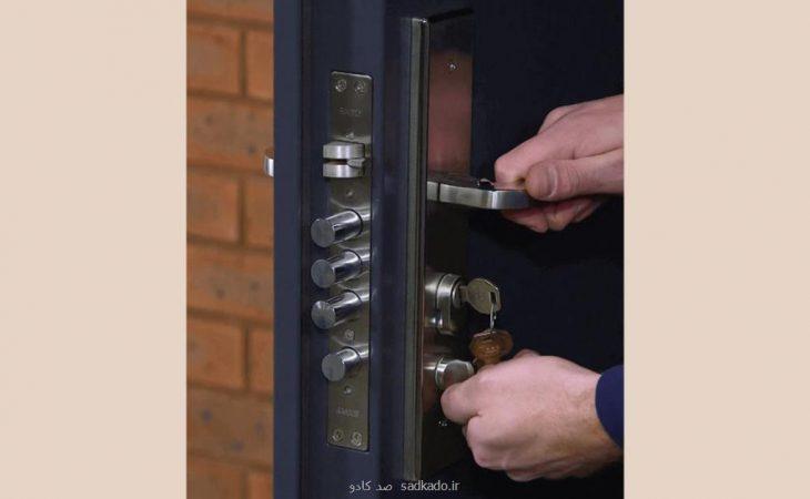 آموزش ساده باز كردن قفل درب های ضد سرقت Image